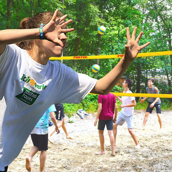 Volleyball- und Beachvolleyballcamp jetzt buchen