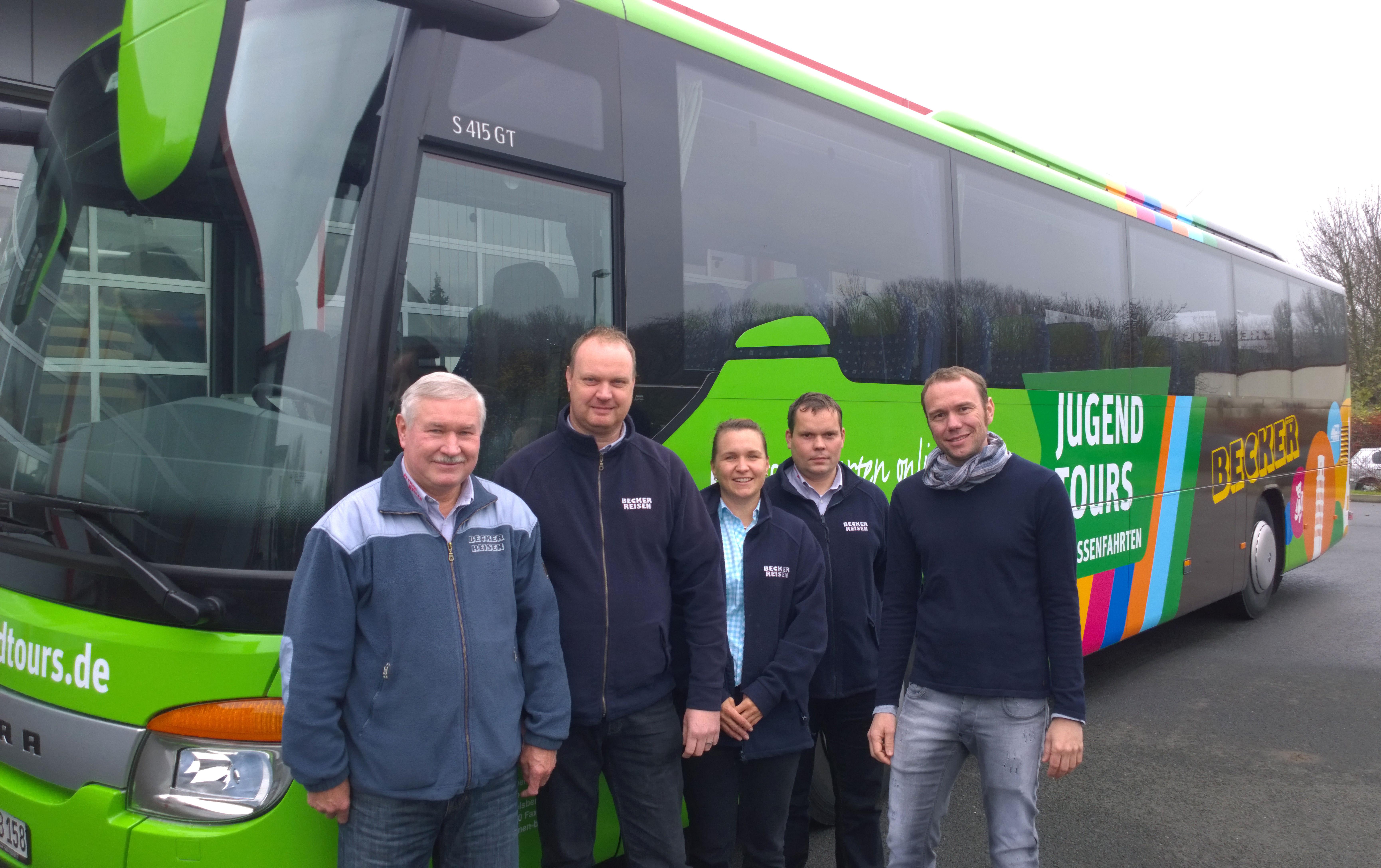 Übergabe Busbeschriftung Jugendtours Becker Reisen Thüringen