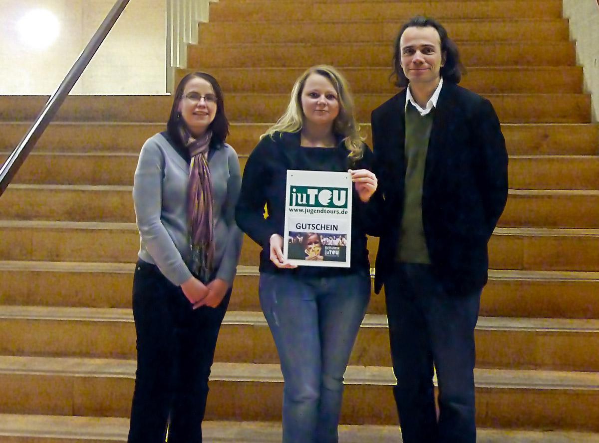 Jugendtours und die Jugenduni Halle verleihen Preis für aktivste Student/in