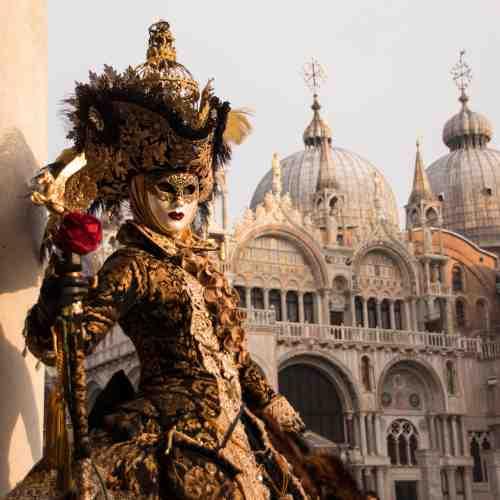 Stadtrundgang Venedig mit Thema Karneval